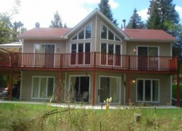 Chalet for rent in Ste-Adele